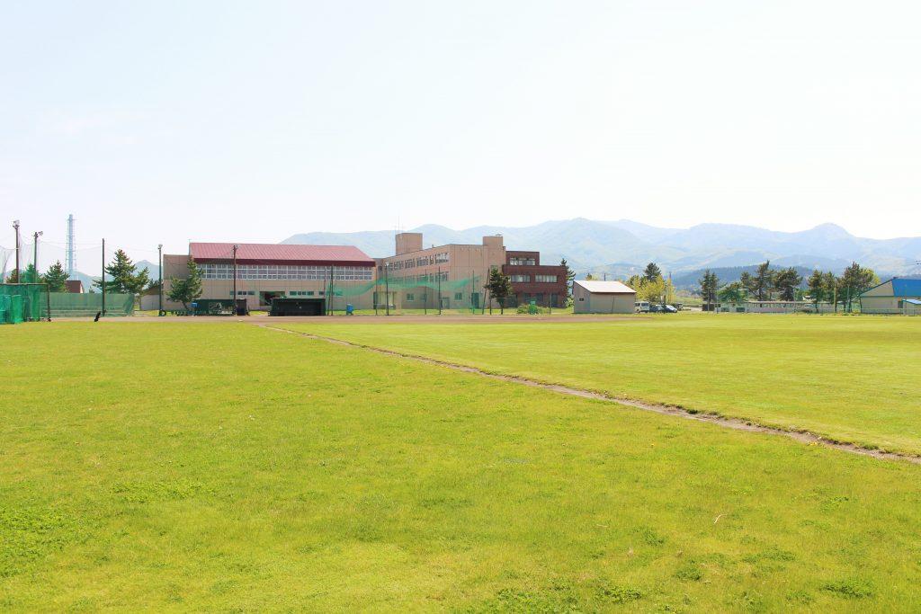 知内高校野球グラウンド